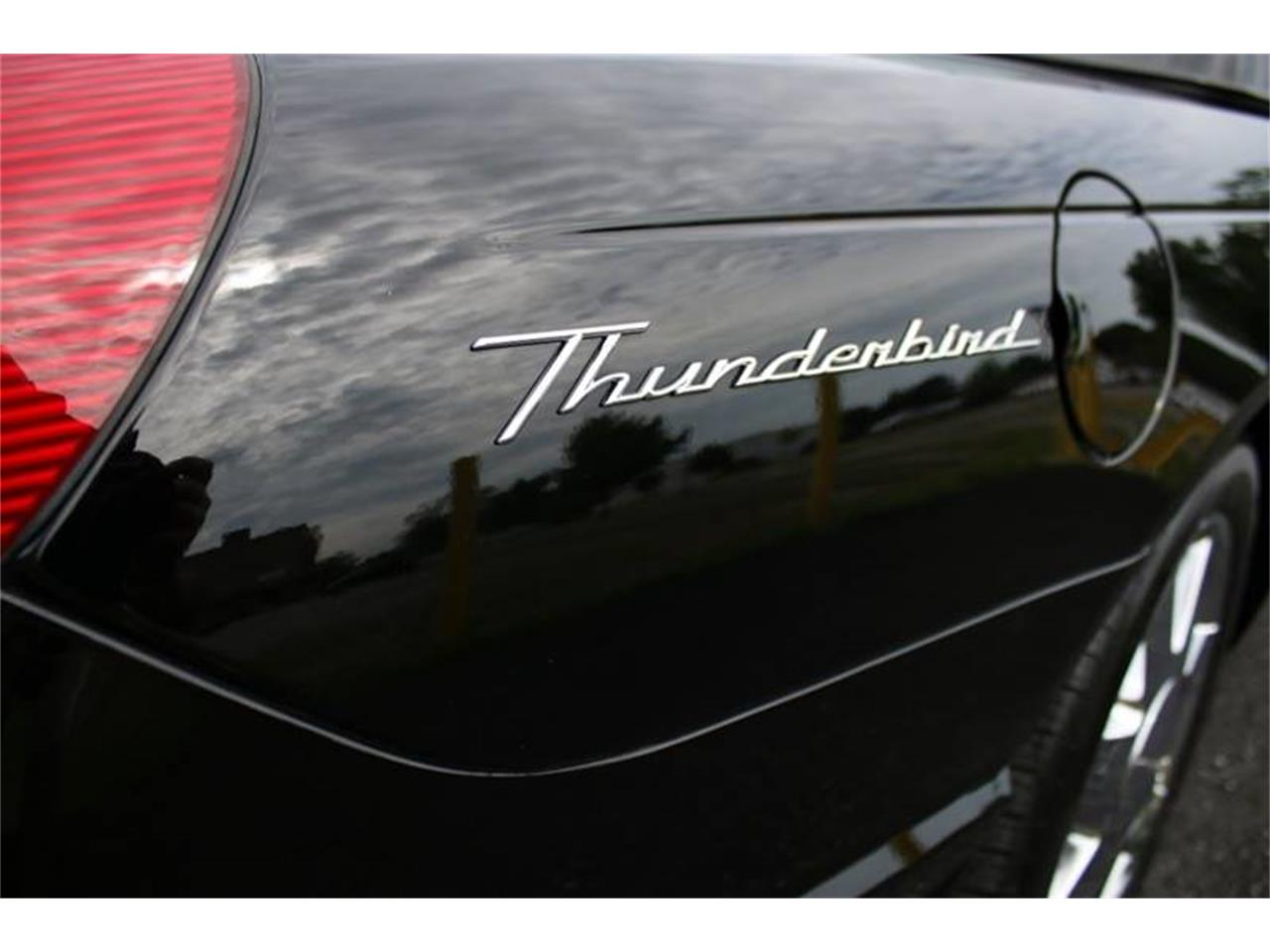 Large Picture of 2002 Ford Thunderbird - $22,750.00 Offered by Great Lakes Classic Cars - Q9HB