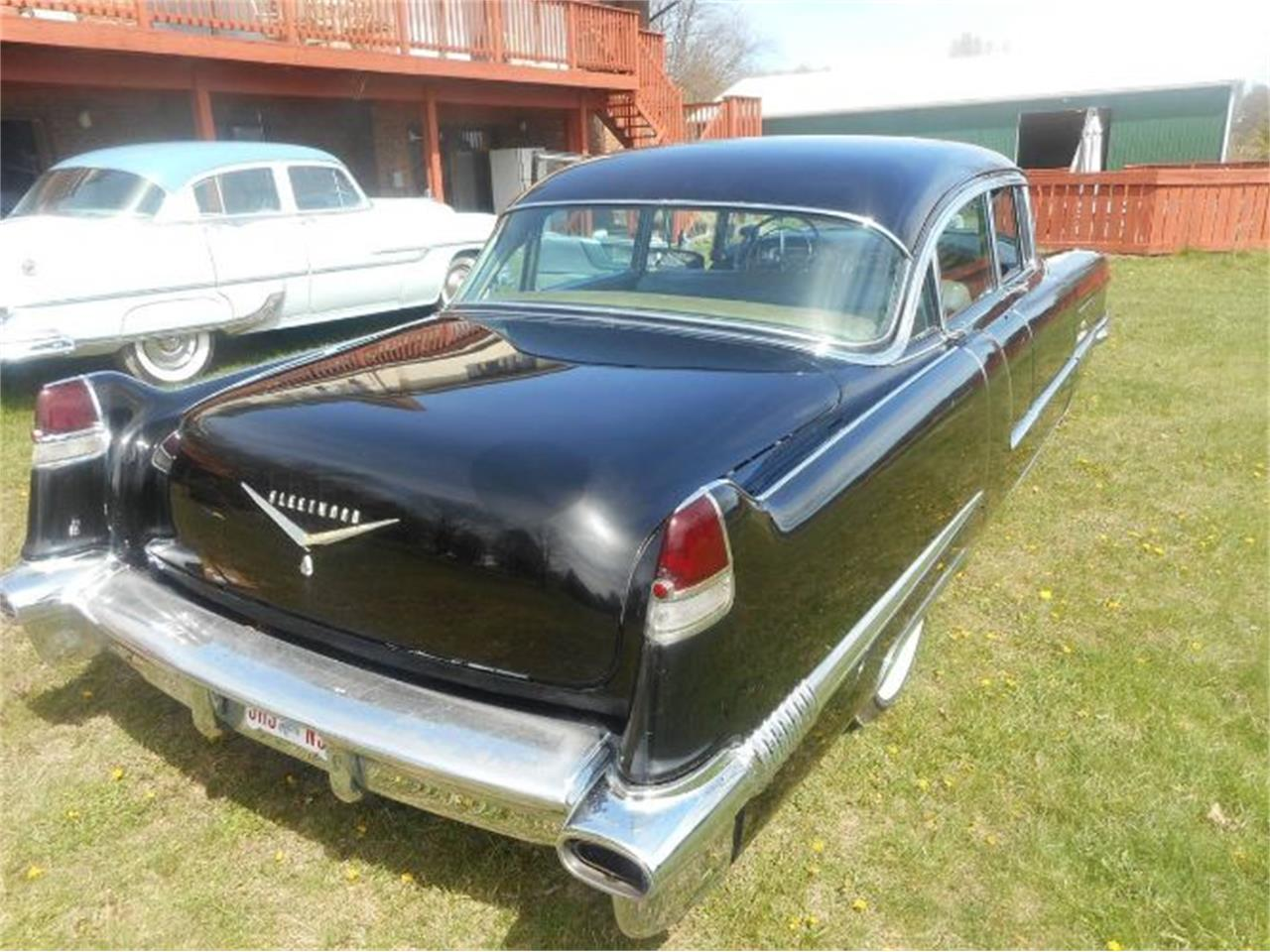 Large Picture of '56 Fleetwood - Q9IR