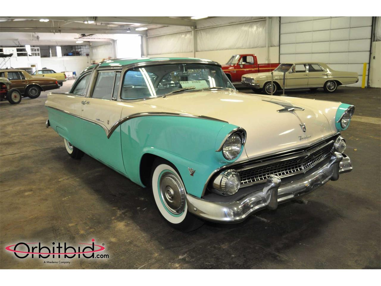 Large Picture of '55 Crown Victoria - Q5S2