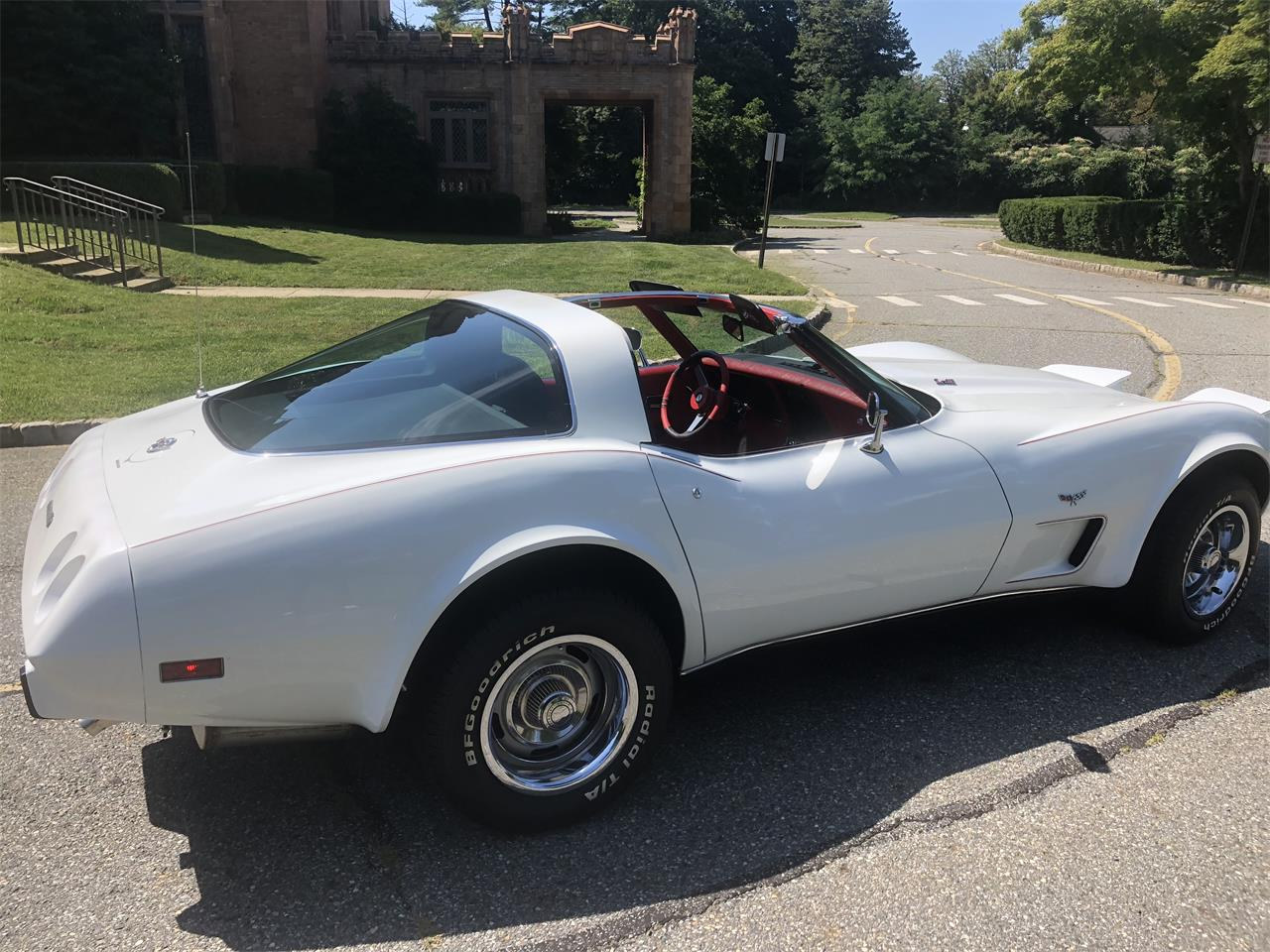 Large Picture of '78 Corvette - Q9N4