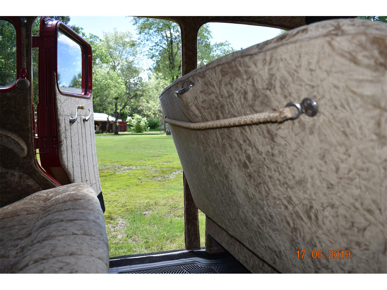 Large Picture of '35 Airstream - Q9O9