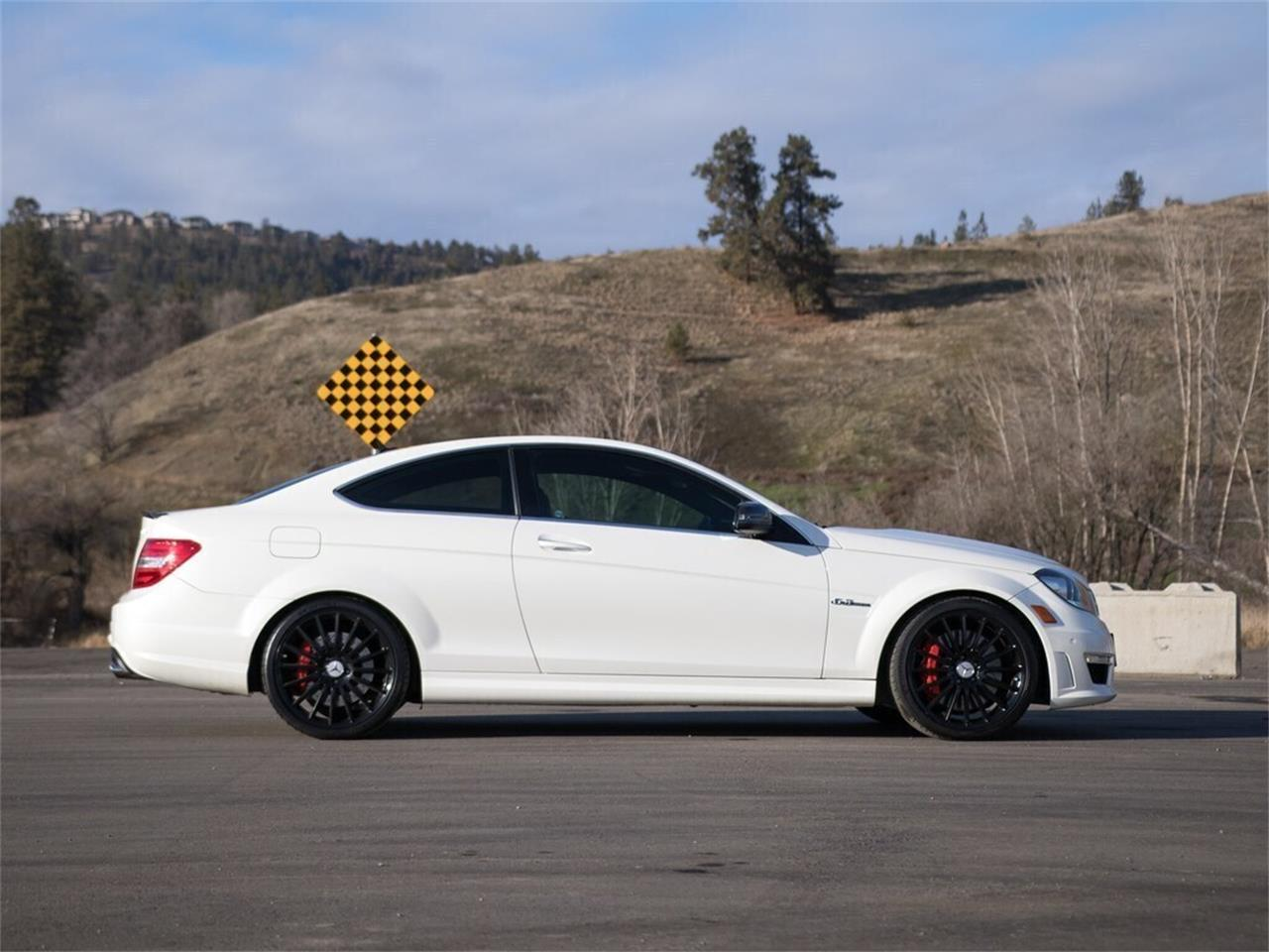 Large Picture of 2012 Mercedes-Benz C-Class located in British Columbia - Q9P5