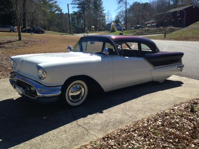 Picture of '57 Oldsmobile Rocket 88 located in Florida - $33,000.00 Offered by a Private Seller - Q5SO