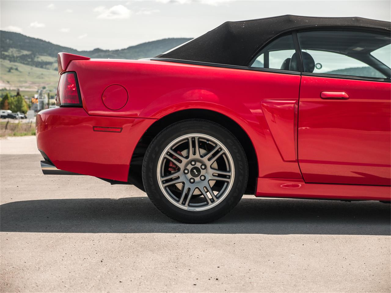 Large Picture of '03 Ford Mustang Offered by August Motorcars - Q9QR