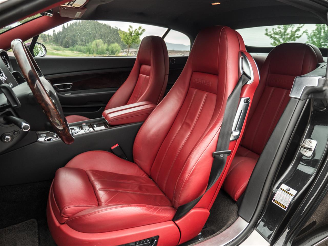 Large Picture of 2007 Continental located in Kelowna British Columbia - $61,210.00 Offered by August Motorcars - Q9QU