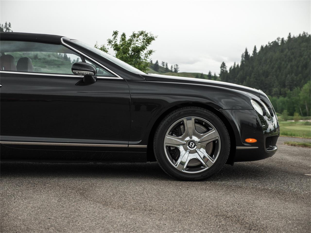 Large Picture of '07 Continental located in Kelowna British Columbia - Q9QU