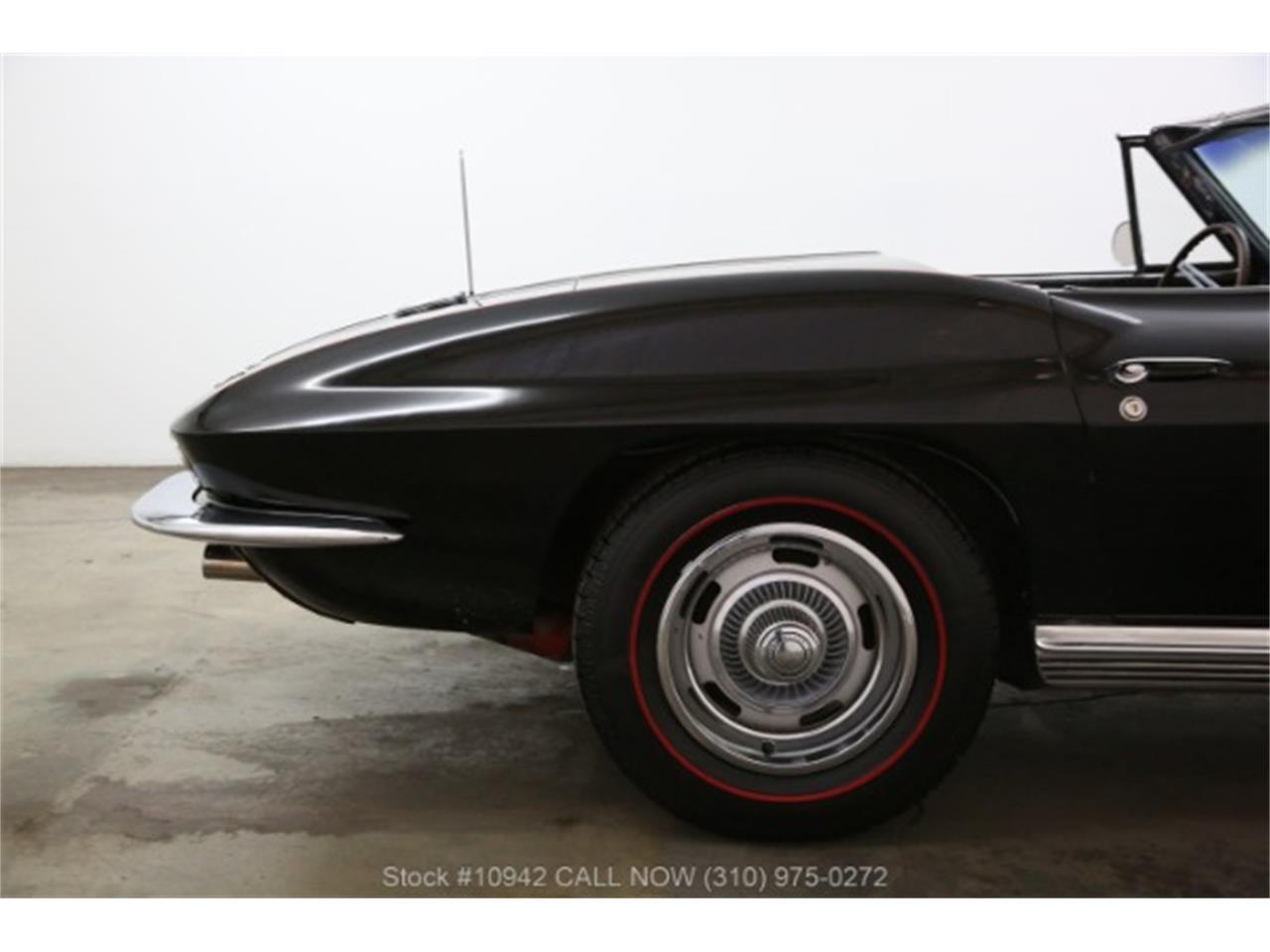 Large Picture of '64 Corvette - Q9TT