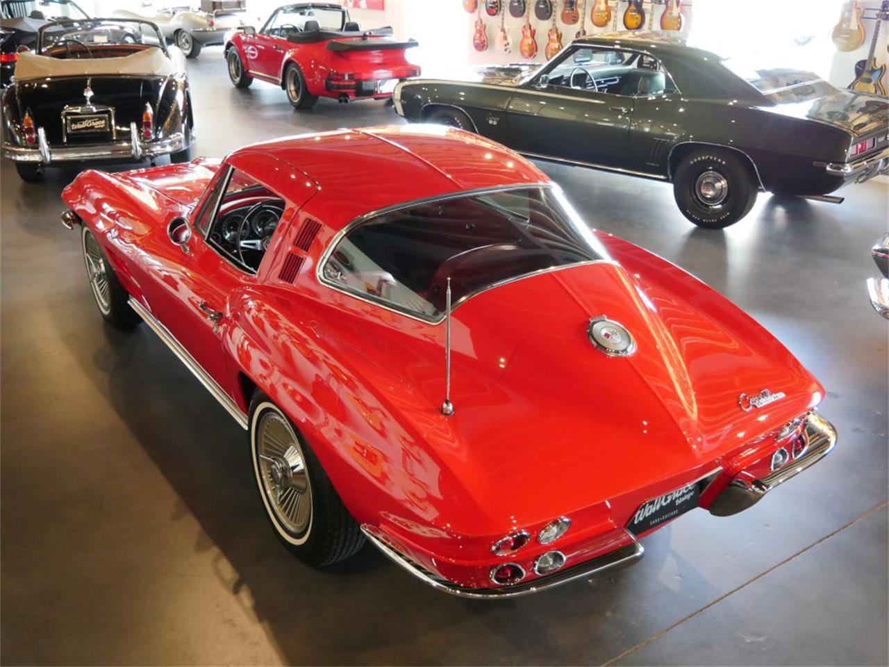 Large Picture of '64 Corvette Stingray - Q9ZH