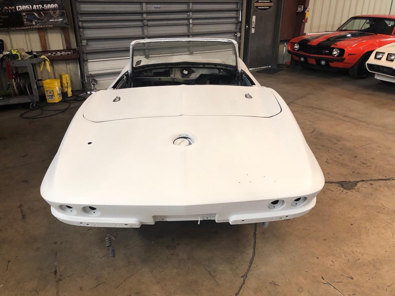 Large Picture of '63 Corvette - Q5TT
