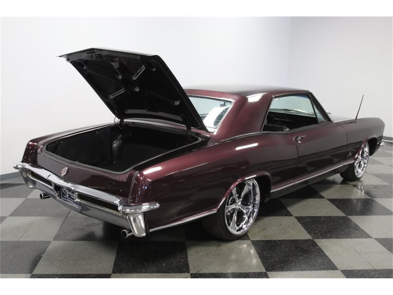 Large Picture of '65 Riviera - QA2O