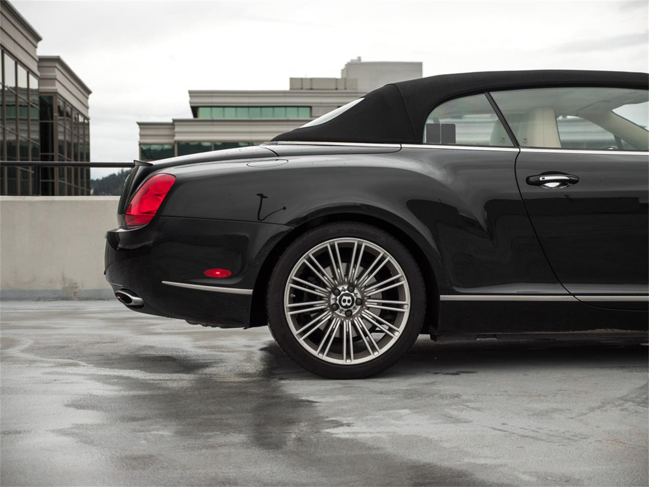 Large Picture of '11 Bentley Continental located in Kelowna British Columbia - $91,819.00 - QA5D