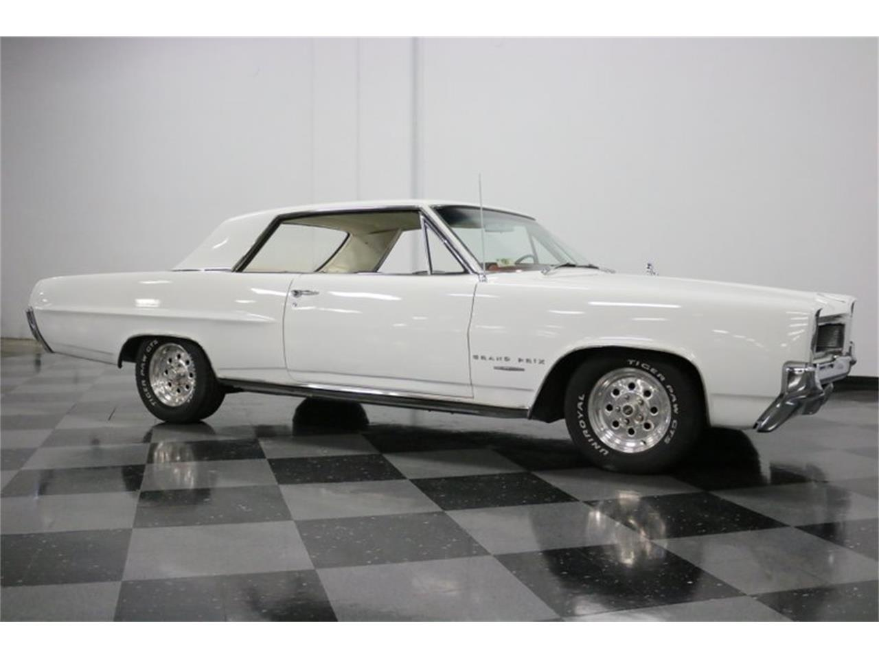Large Picture of '64 Pontiac Grand Prix located in Texas - $16,995.00 Offered by Streetside Classics - Dallas / Fort Worth - QA9B