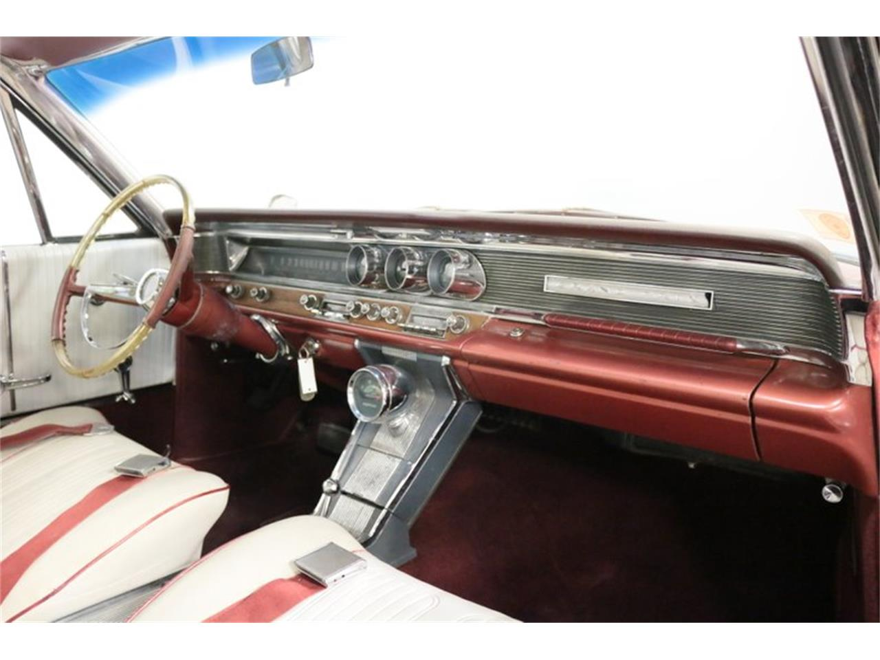 Large Picture of Classic '64 Grand Prix located in Texas Offered by Streetside Classics - Dallas / Fort Worth - QA9B