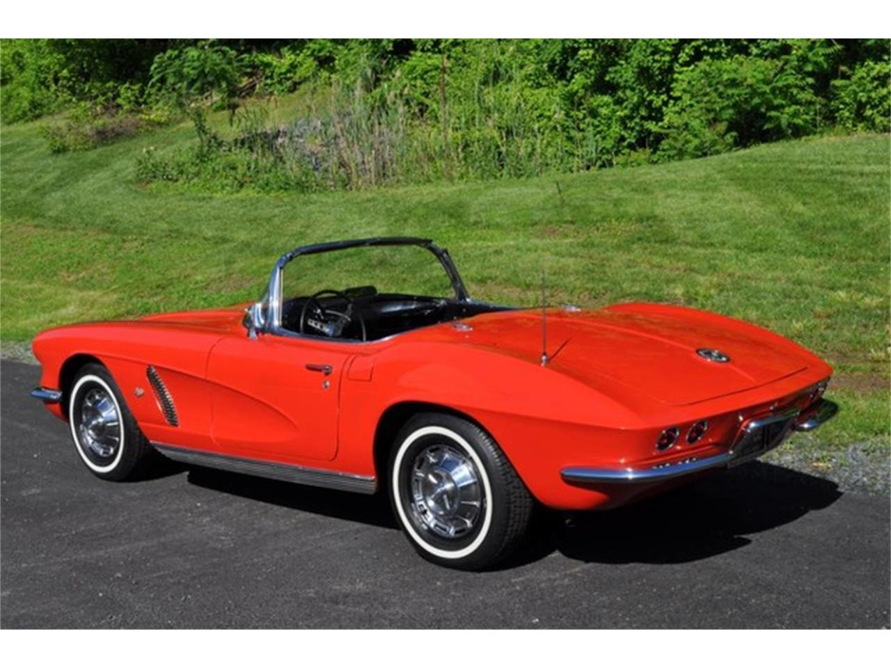 Large Picture of '62 Chevrolet Corvette - $59,999.00 Offered by Prestige Motor Car Co. - QAB5