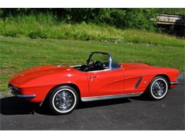 Picture of 1962 Chevrolet Corvette Offered by Prestige Motor Car Co. - QAB5