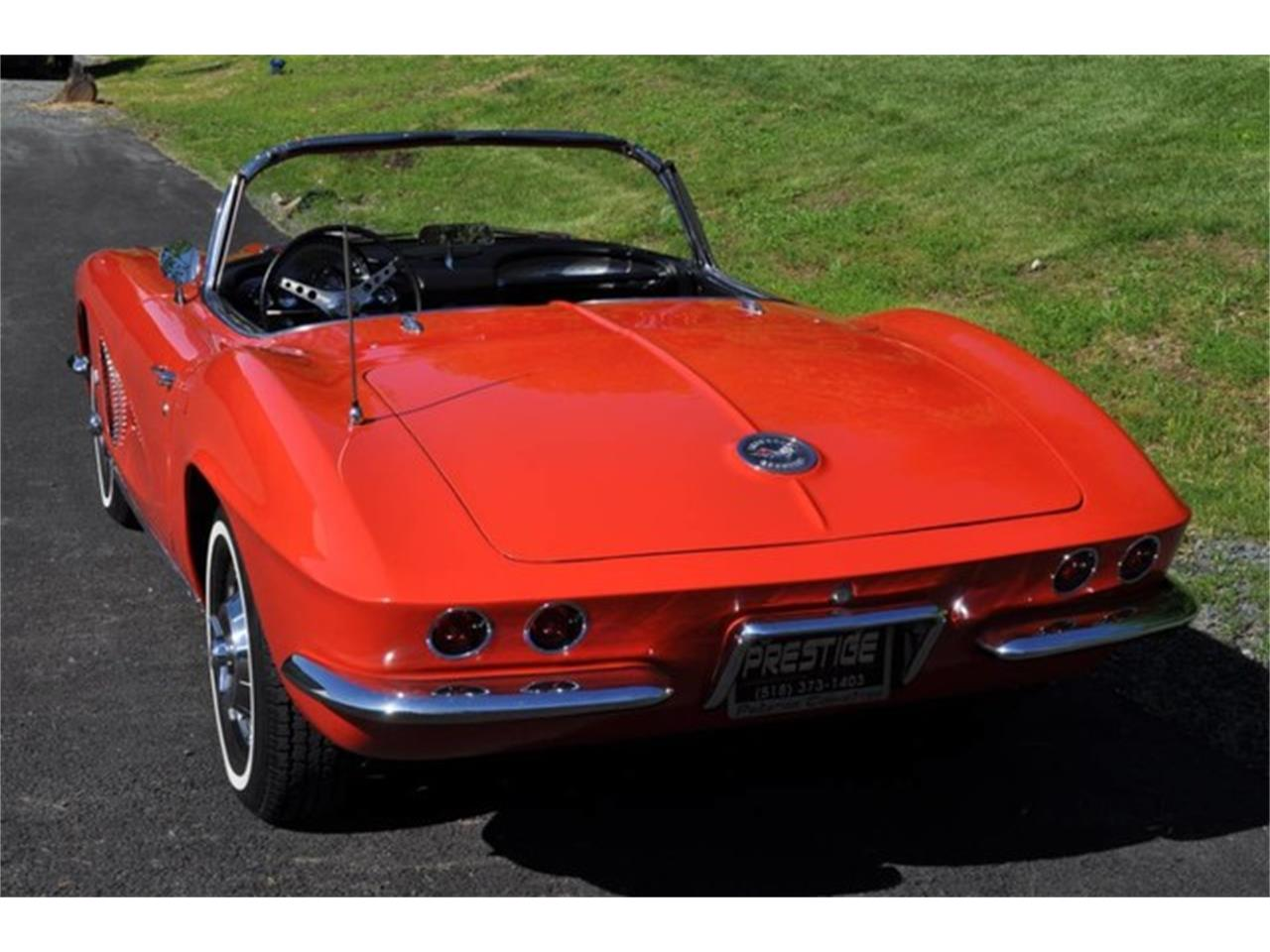 Large Picture of Classic 1962 Corvette - QAB5