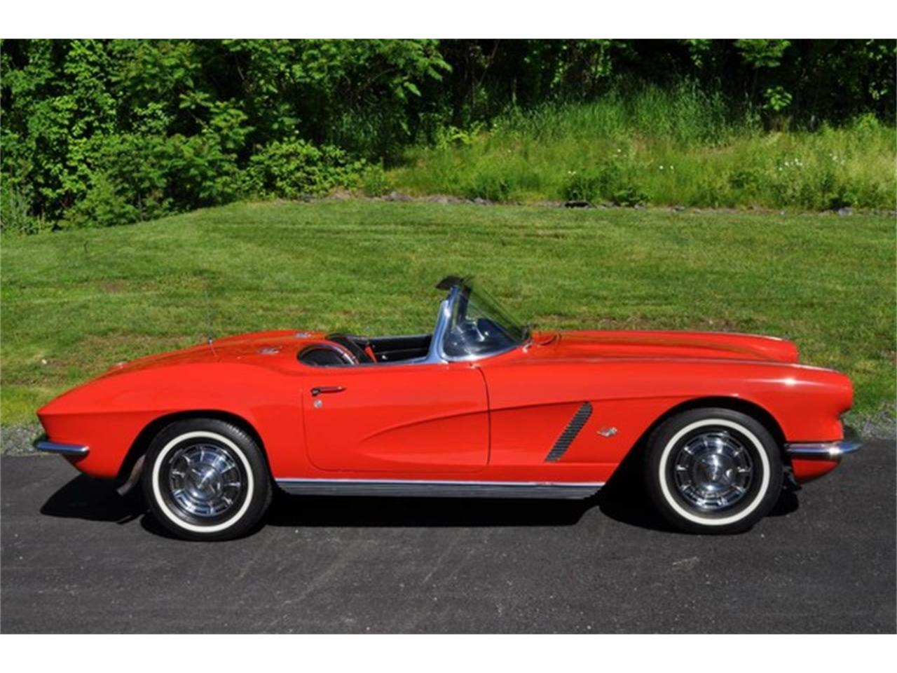 Large Picture of '62 Corvette located in New York Offered by Prestige Motor Car Co. - QAB5