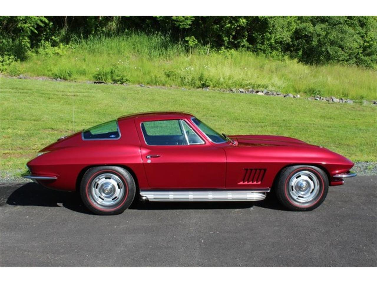 Large Picture of '67 Chevrolet Corvette Auction Vehicle - QAB8