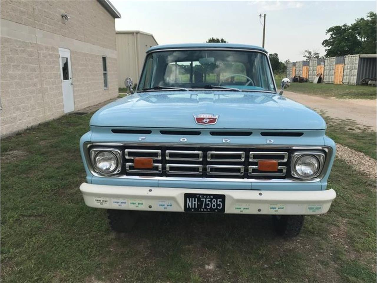 Large Picture of Classic 1964 Ford F100 located in Fredericksburg Texas - QACA