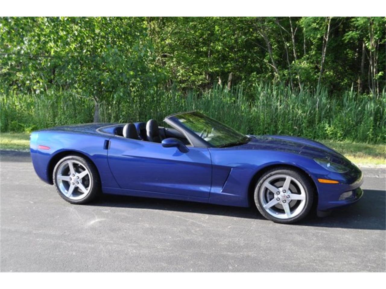 Large Picture of 2005 Chevrolet Corvette Auction Vehicle Offered by Prestige Motor Car Co. - QAF9
