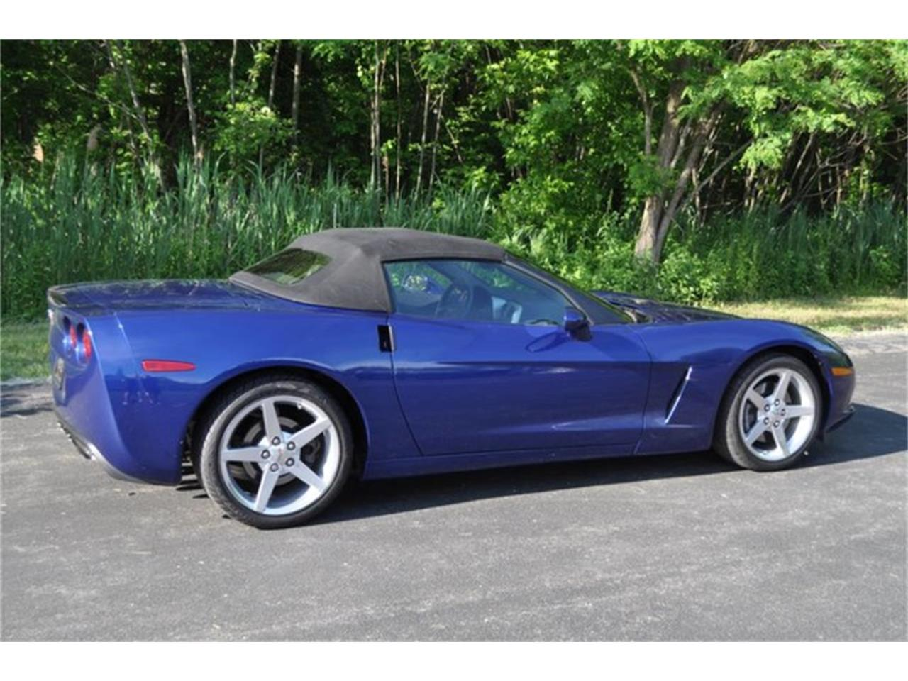 Large Picture of '05 Corvette located in New York - QAF9