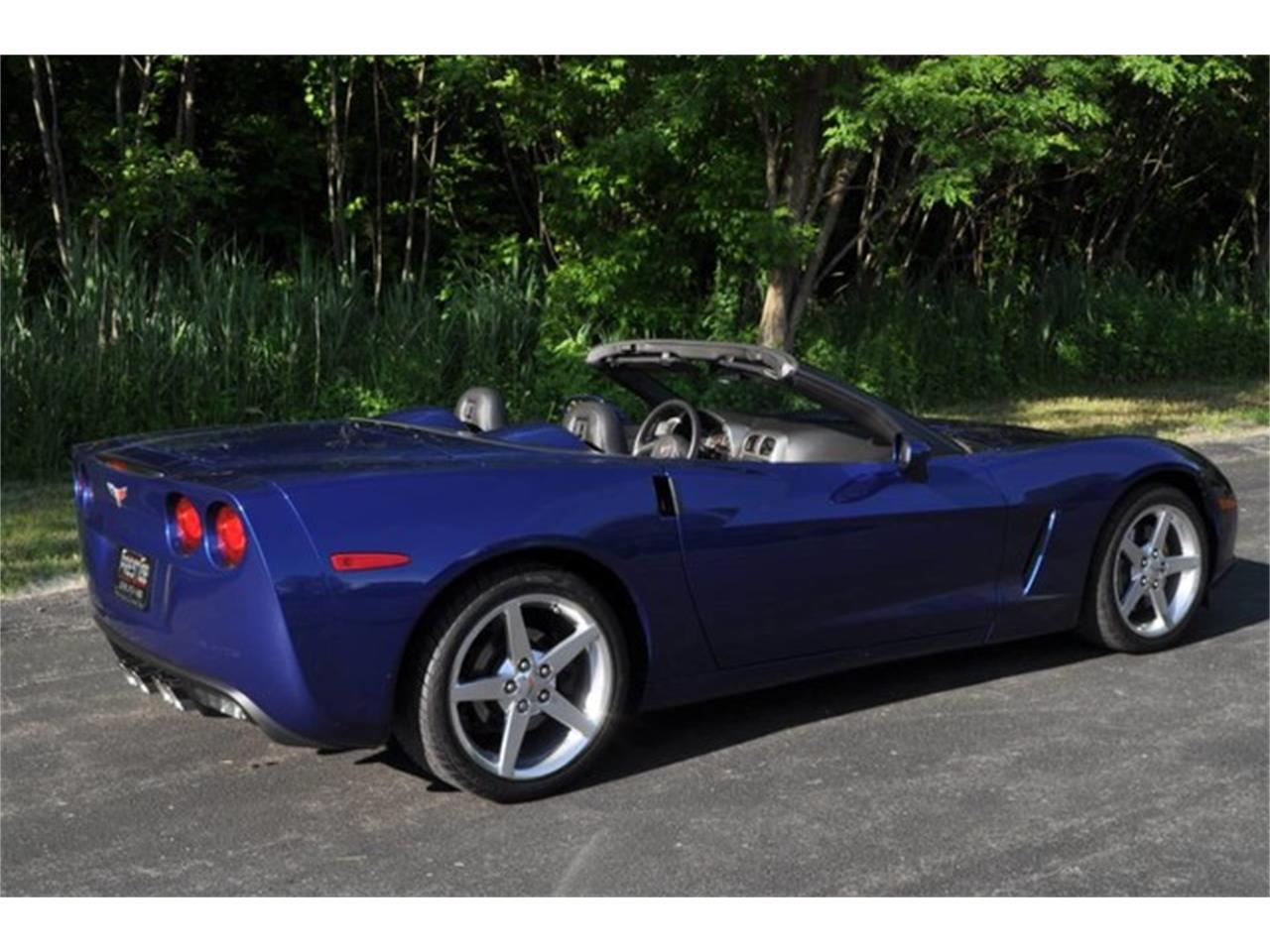 Large Picture of 2005 Chevrolet Corvette - QAF9