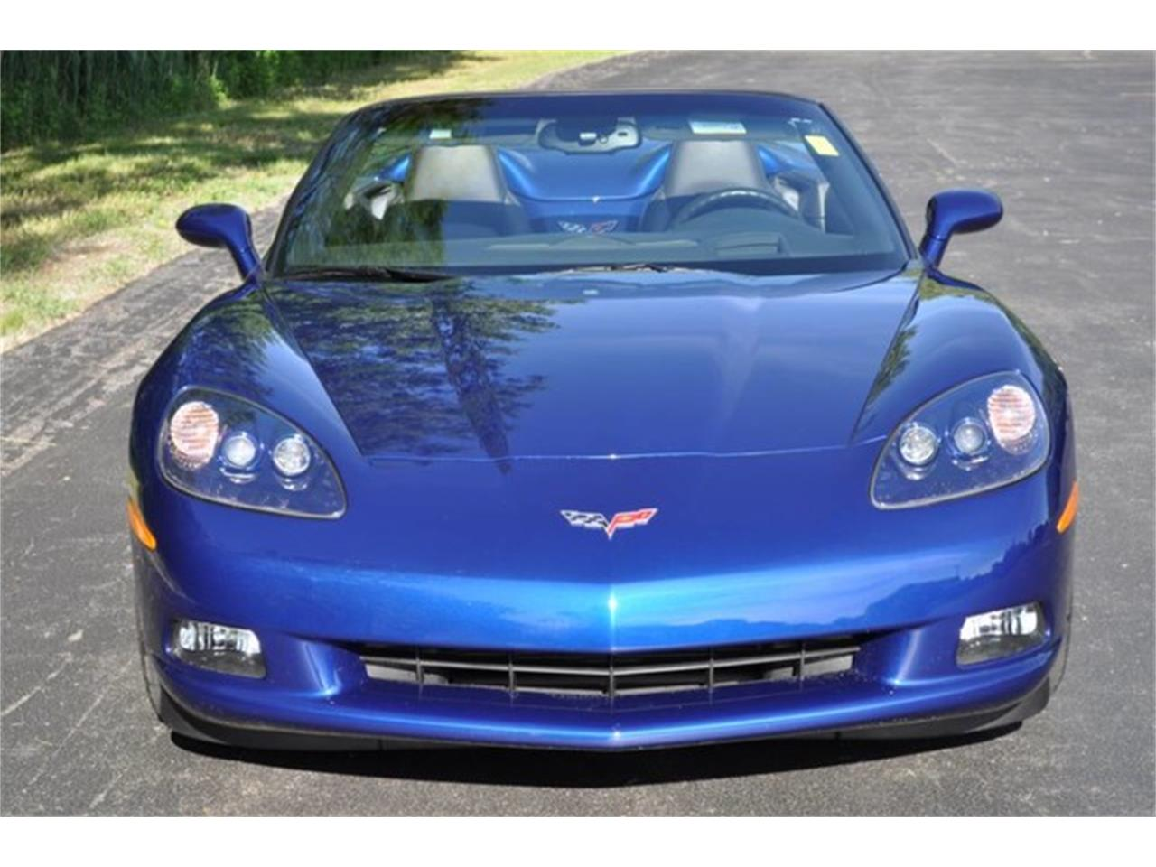 Large Picture of '05 Corvette located in New York Auction Vehicle - QAF9