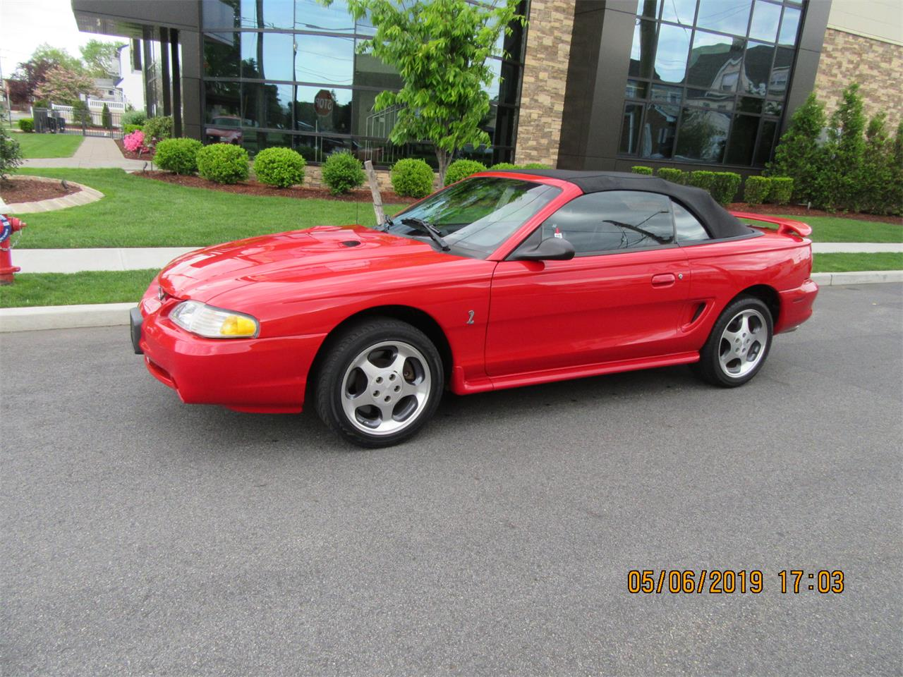 Large Picture of '97 Mustang Cobra - QAH7