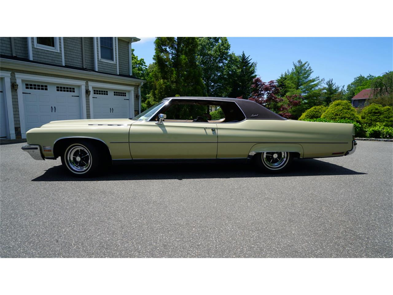 Large Picture of 1972 Electra 225 - QAJE