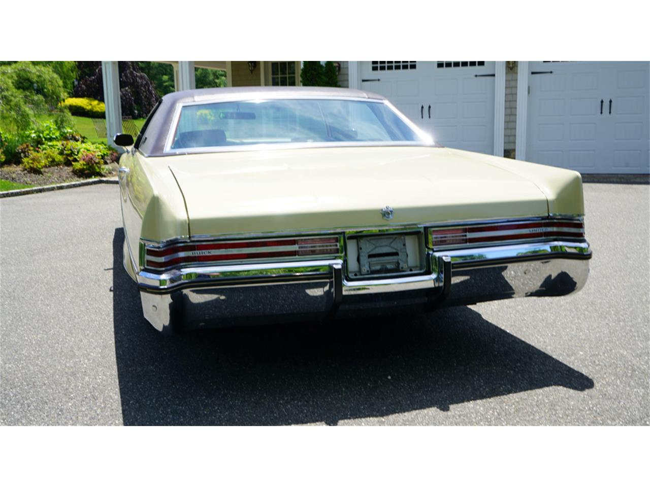 Large Picture of Classic 1972 Buick Electra 225 located in New York - $32,500.00 - QAJE