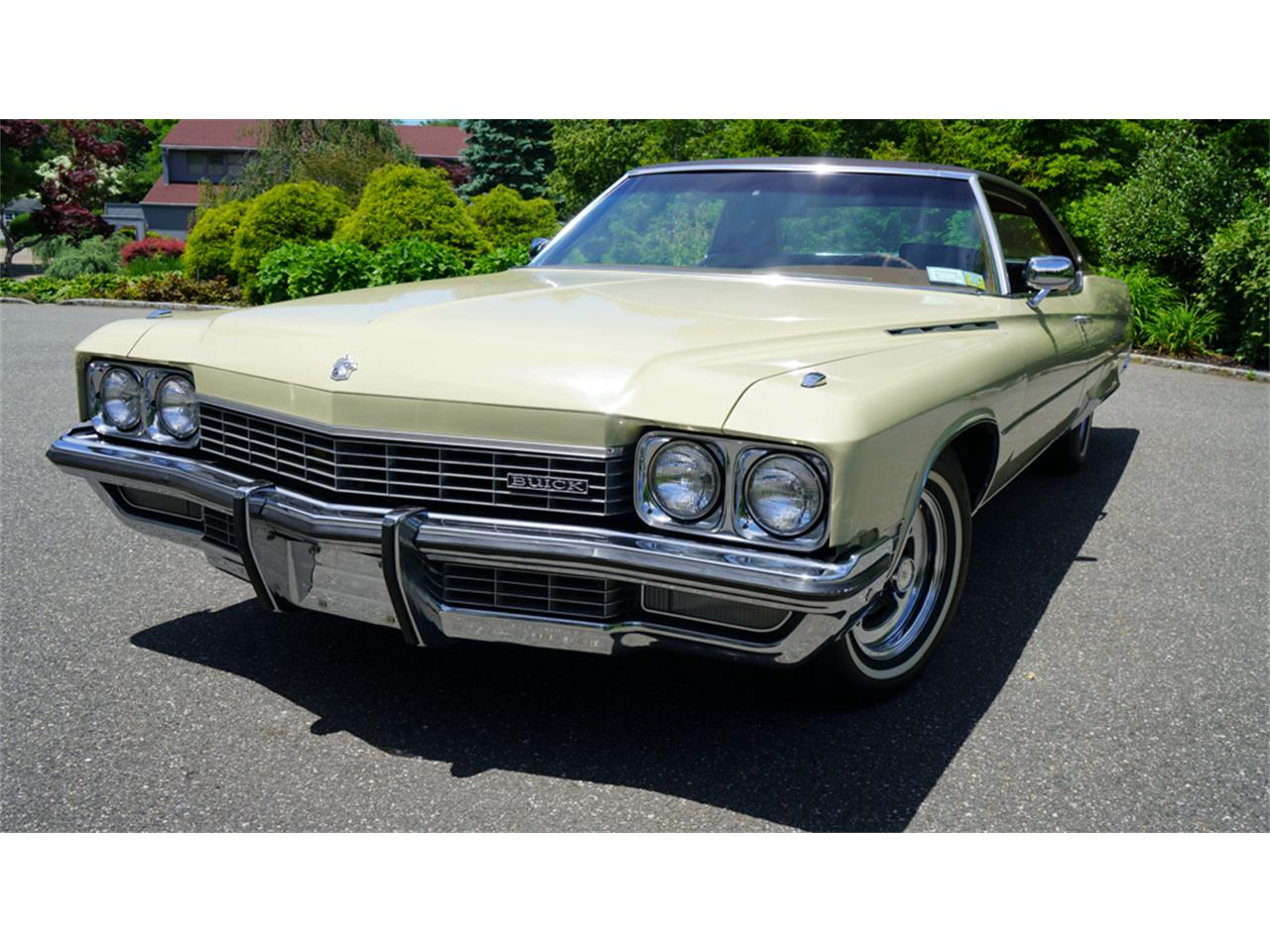 Large Picture of Classic '72 Buick Electra 225 located in New York Offered by Fiore Motor Classics - QAJE
