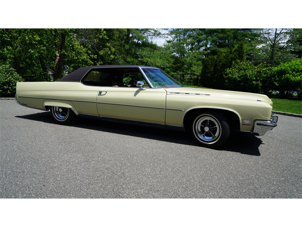 Large Picture of Classic 1972 Buick Electra 225 located in Old Bethpage New York - QAJE