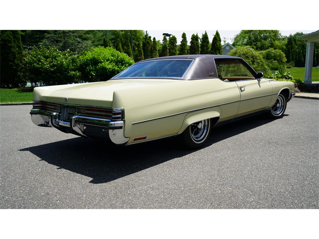 Large Picture of Classic 1972 Buick Electra 225 located in New York Offered by Fiore Motor Classics - QAJE