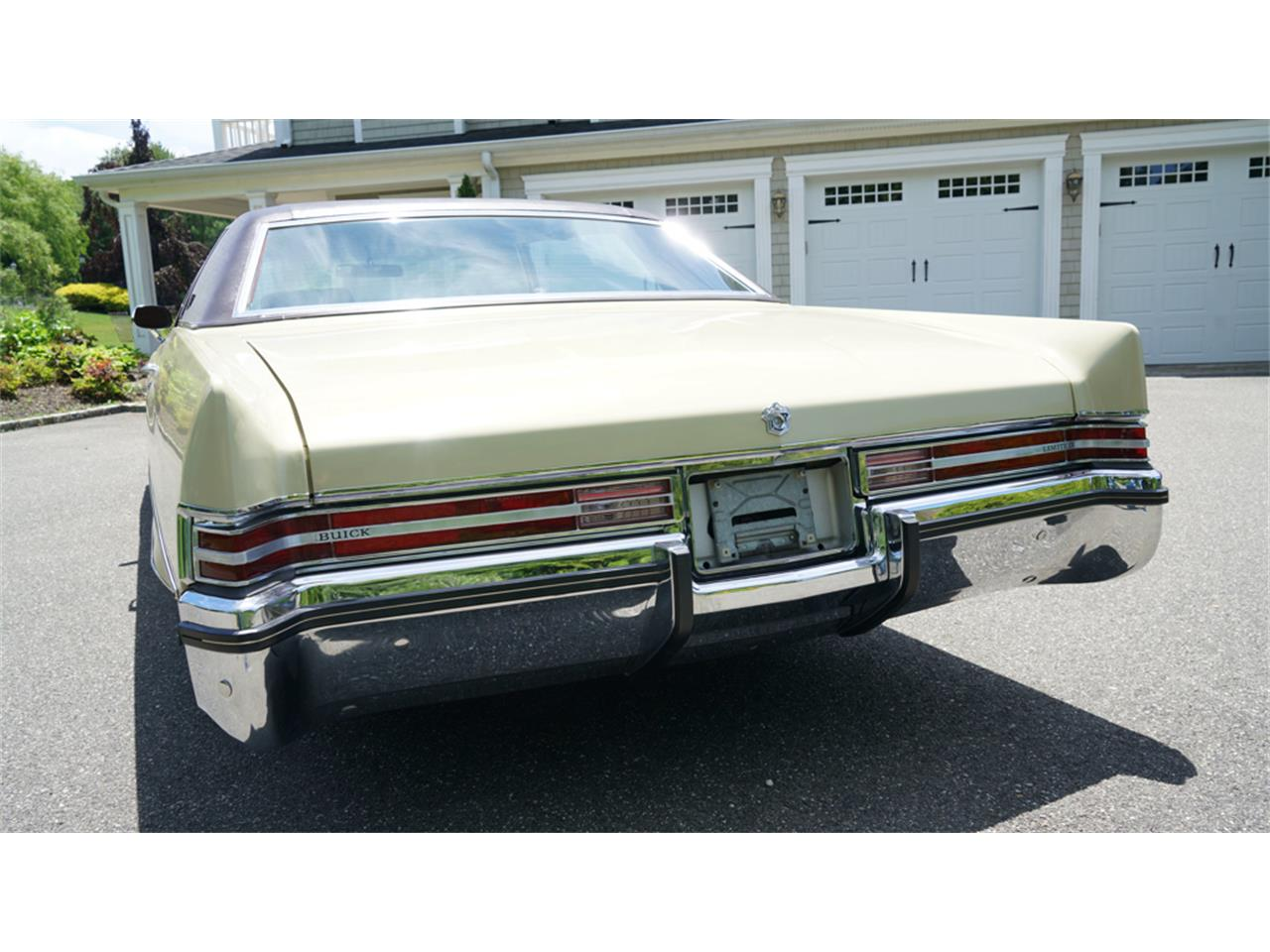 Large Picture of Classic '72 Electra 225 - $32,500.00 - QAJE