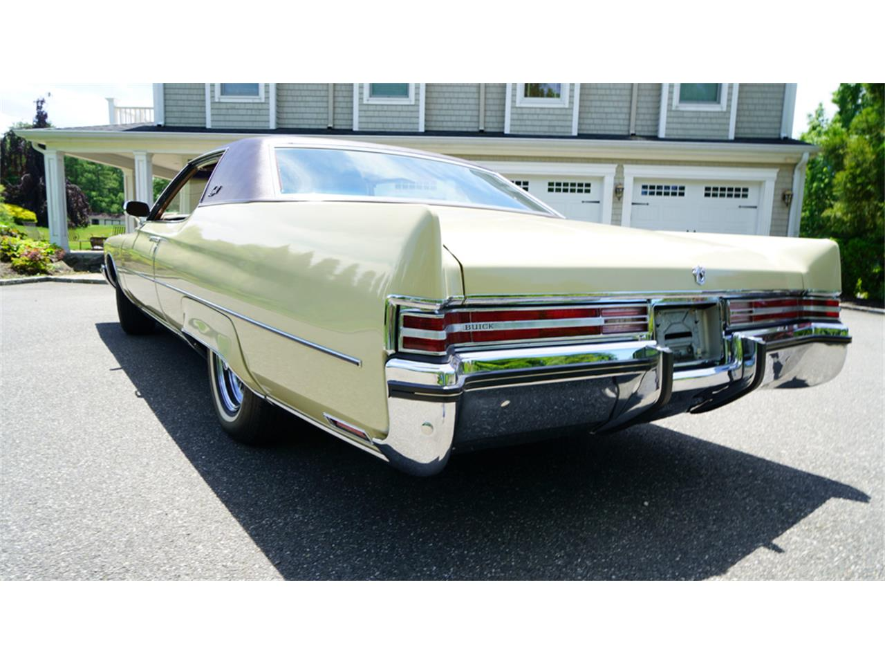 Large Picture of '72 Electra 225 - $32,500.00 - QAJE