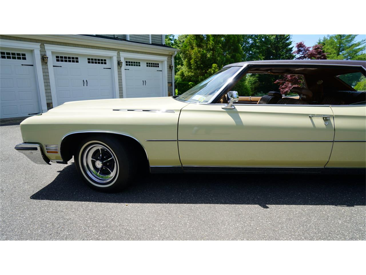 Large Picture of Classic 1972 Buick Electra 225 - $32,500.00 - QAJE