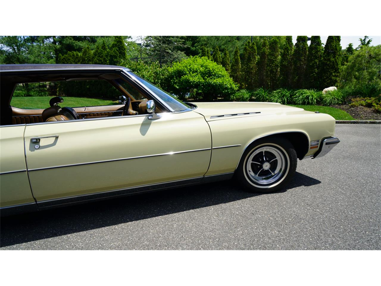 Large Picture of Classic 1972 Buick Electra 225 - QAJE