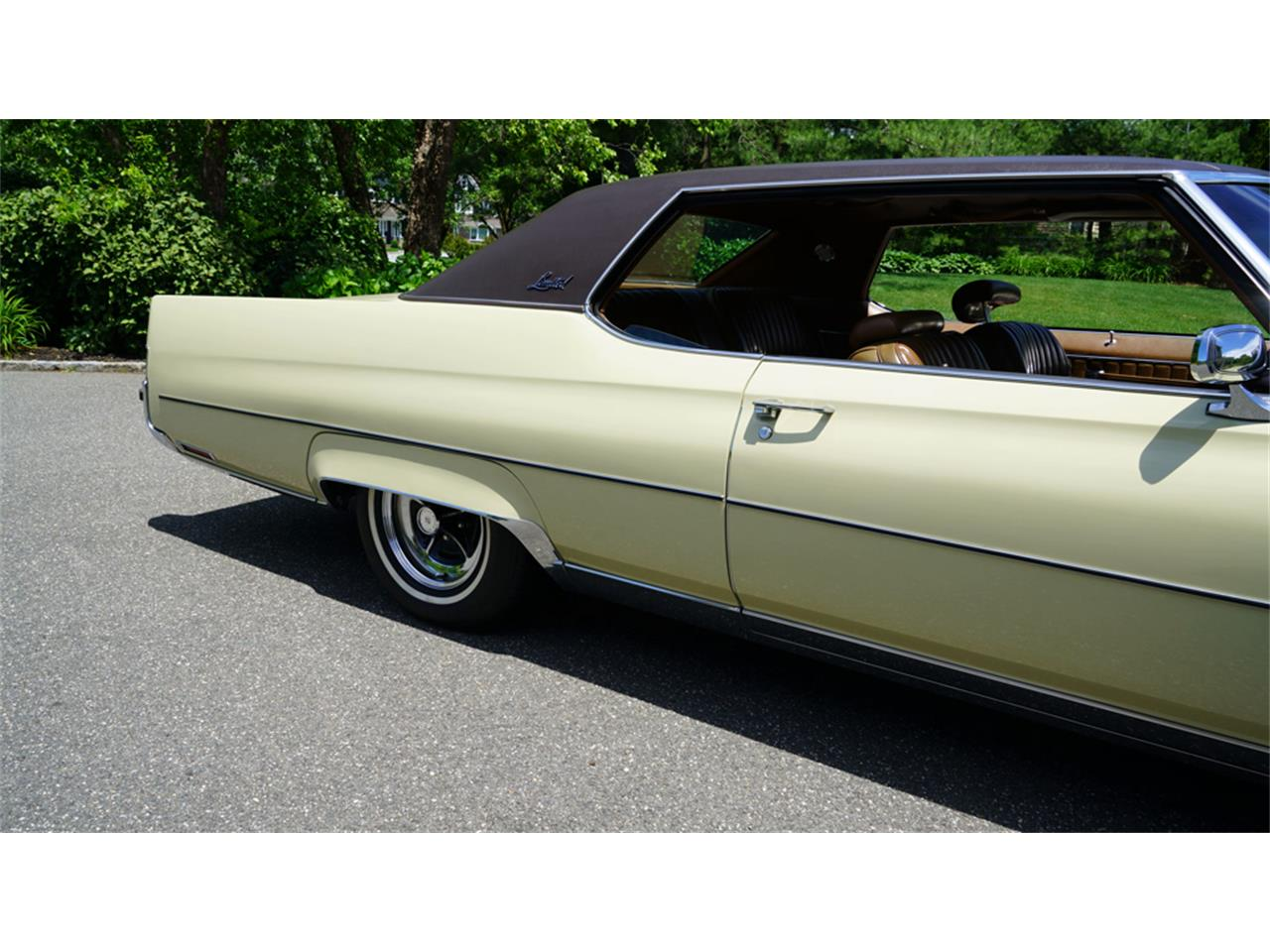 Large Picture of 1972 Buick Electra 225 located in Old Bethpage New York Offered by Fiore Motor Classics - QAJE