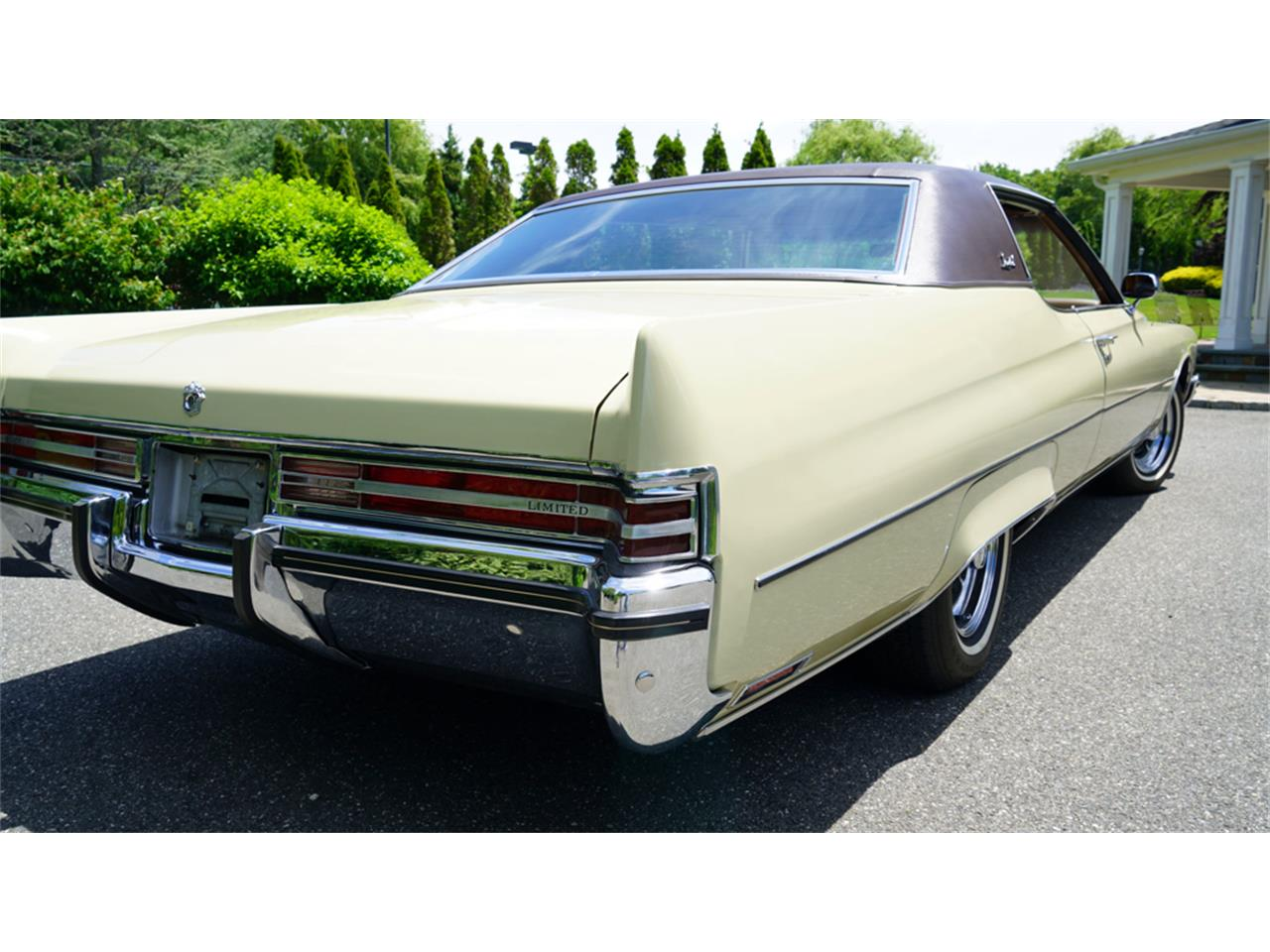 Large Picture of Classic 1972 Buick Electra 225 located in Old Bethpage New York - $32,500.00 - QAJE