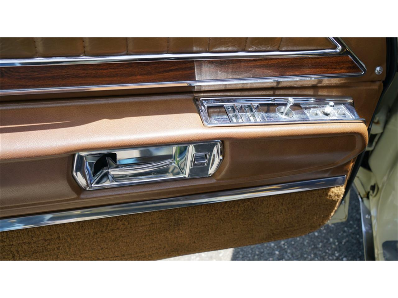 Large Picture of '72 Buick Electra 225 located in New York - $32,500.00 Offered by Fiore Motor Classics - QAJE