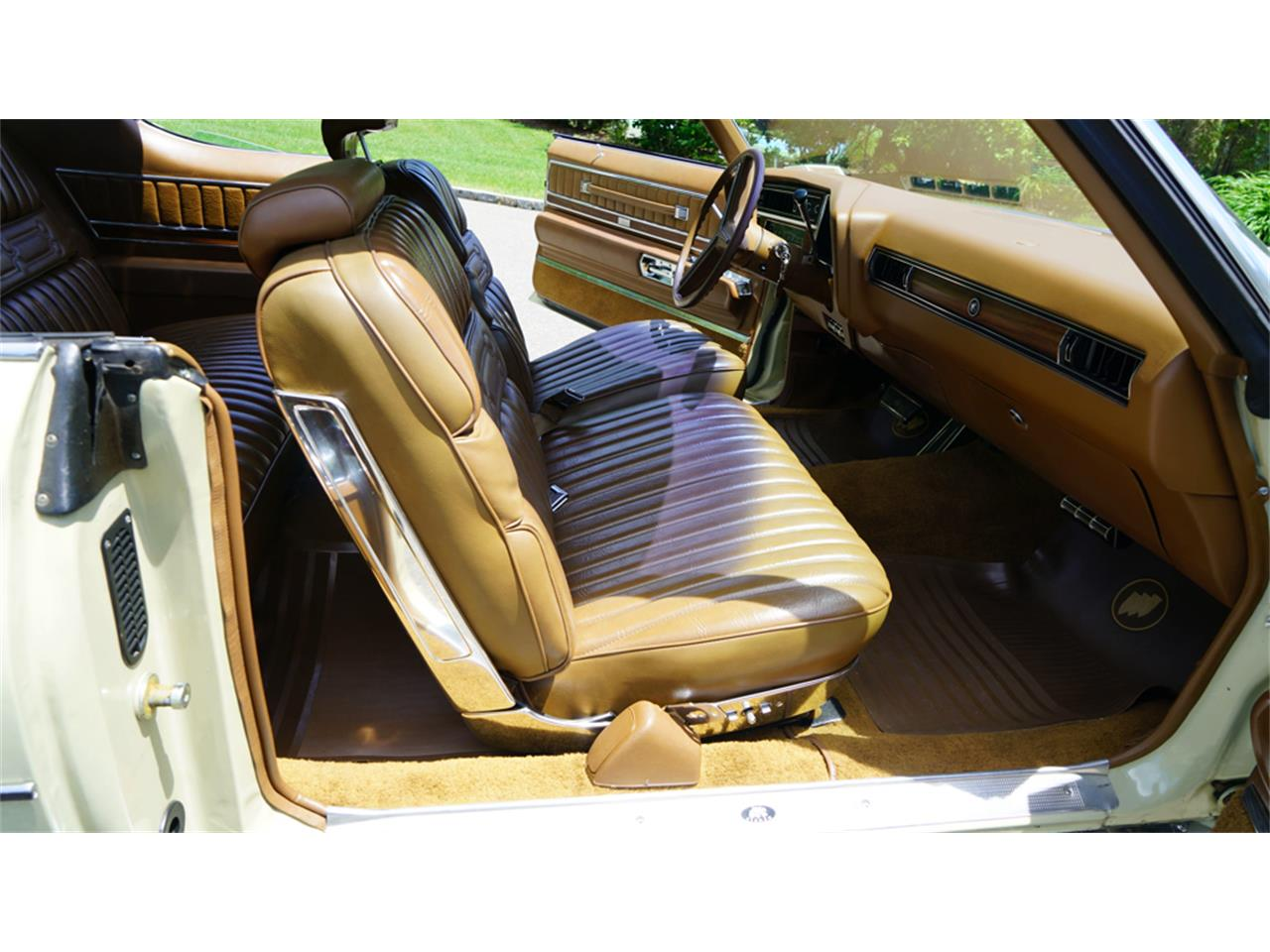 Large Picture of 1972 Buick Electra 225 - QAJE