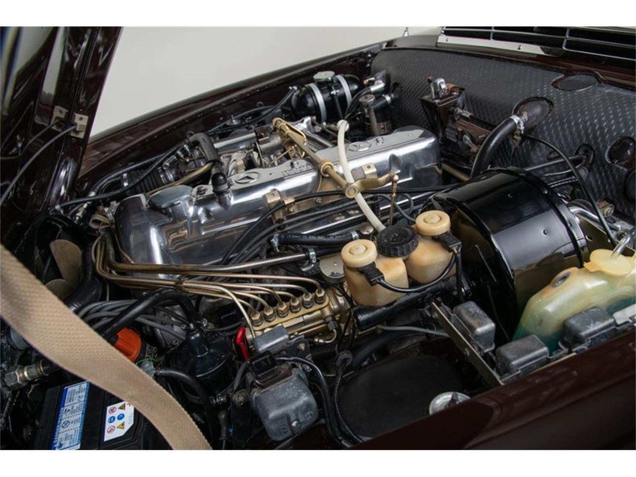 Large Picture of Classic 1969 280SL located in California Auction Vehicle Offered by Canepa - QALE