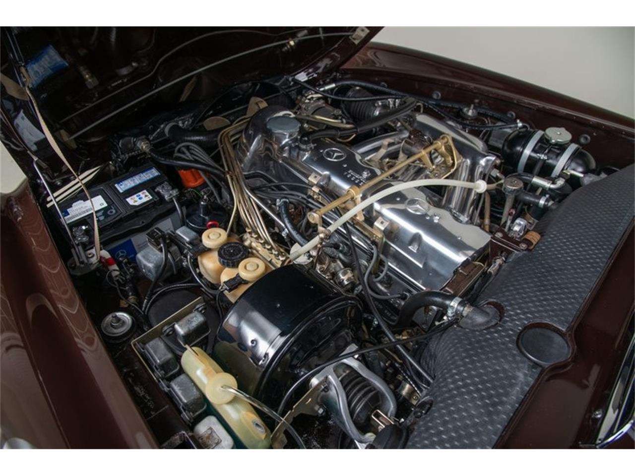Large Picture of Classic 1969 280SL located in Scotts Valley California Auction Vehicle - QALE