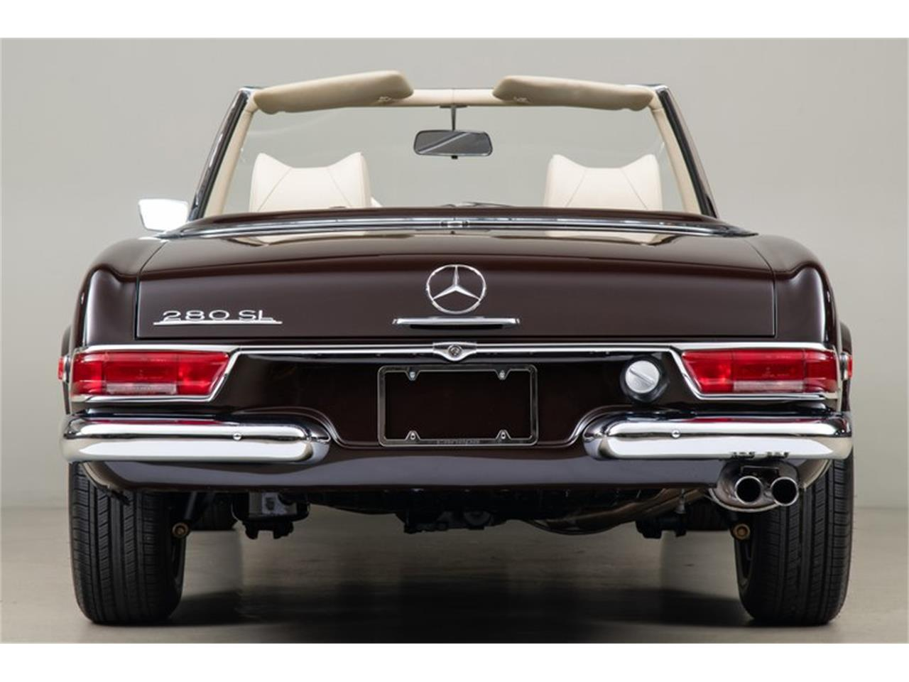 Large Picture of '69 Mercedes-Benz 280SL located in California Auction Vehicle - QALE