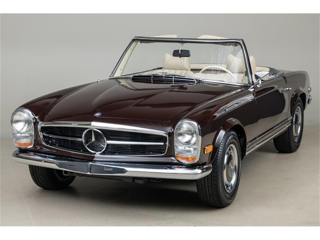 Large Picture of Classic 1969 Mercedes-Benz 280SL located in Scotts Valley California Auction Vehicle - QALE