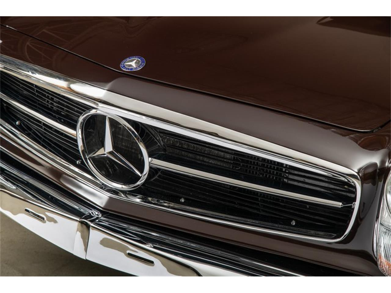 Large Picture of Classic 1969 Mercedes-Benz 280SL located in Scotts Valley California Offered by Canepa - QALE