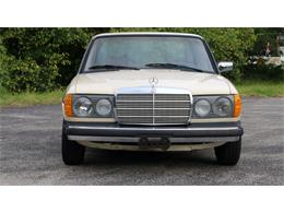 Picture of '77 Mercedes-Benz 240D located in Winter Springs Florida Auction Vehicle Offered by Bring A Trailer - QAMC
