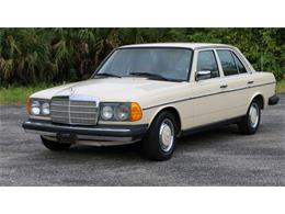 Picture of 1977 Mercedes-Benz 240D located in Florida Auction Vehicle - QAMC