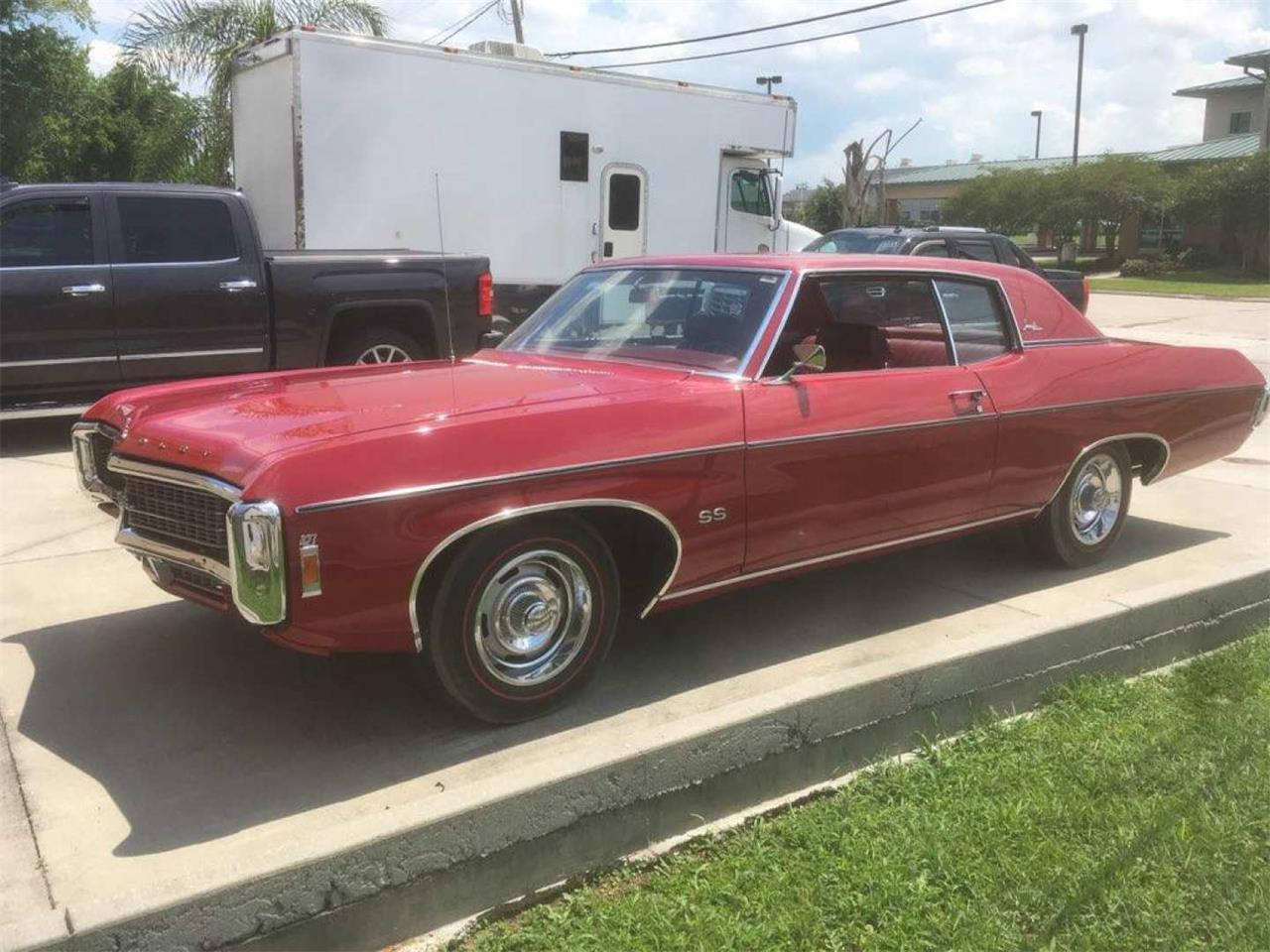 Large Picture of Classic '69 Chevrolet Impala Auction Vehicle Offered by Vicari Auction - QANC