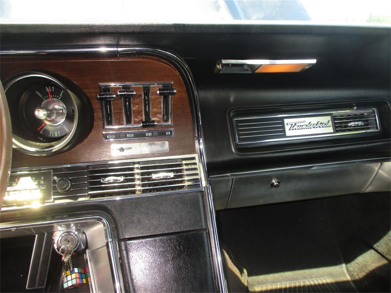 Large Picture of '67 Thunderbird - QANK